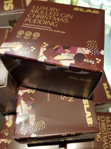 <p>Indulgent, classy and a cut above the usual pud!</p><p>Gluten free<br />Palm oil free<br />Vegan</p>