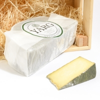 <p>Cornish Yarg | Semi-hard Cheese | Hartington Cheese Shop</p>