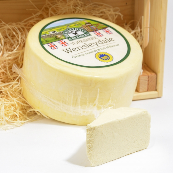 <p>Creamy white Wensleydale cheese | Hartington Cheese</p>