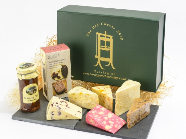 <p>Millers Crackers apricot chutney Wensleydale with blueberry White stilton with mango & ginger Red windsor (with port and brandy) White stilton with apricot Wensleydale and cranberry Sticky toffee cheddar.</p>